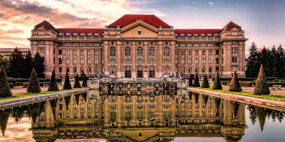 3+1 tipp, hogy olcsóbban publikálj open access a Debreceni Egyetemen