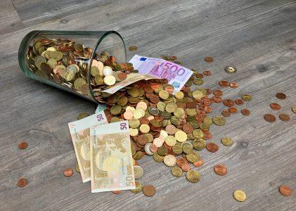 """Európa egyetemei összeroskadnak a """"big dealek"""" költségei alatt"""