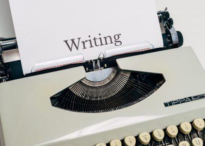 Milyen formai követelményeknek kell megfelelnie a kéziratomnak?